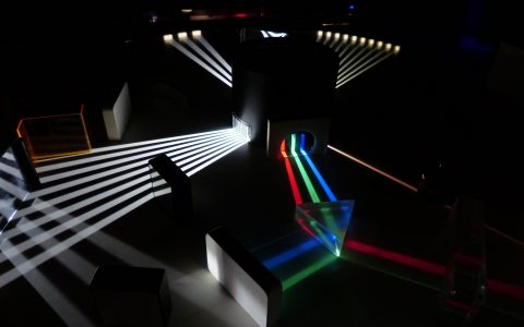light-optics-laser-stage-mirror-spectrum-1125978-pxhere.com
